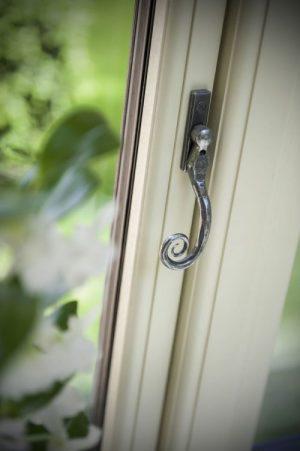 R9 Residence Window Hardware